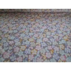 Tissu imprimé fleurs pales