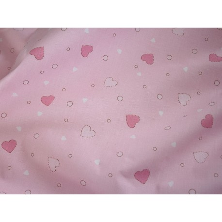 Tissu imprimé cœurs roses