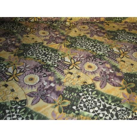 tissu fleurs vert jaune violet
