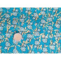 Tissu fleurs fond vert