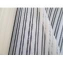 tissu rayures ajouré