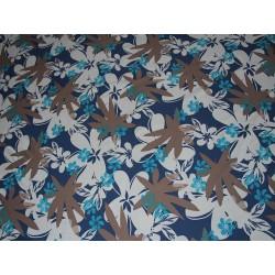 tissu mailles fleurs fond blanc