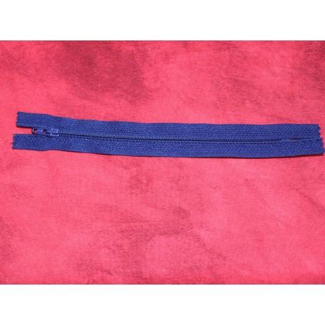 Fermeture éclair invisible bleue 18 cm